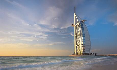 The famous hotels in dubai burj al arab for Hotel dubai famous