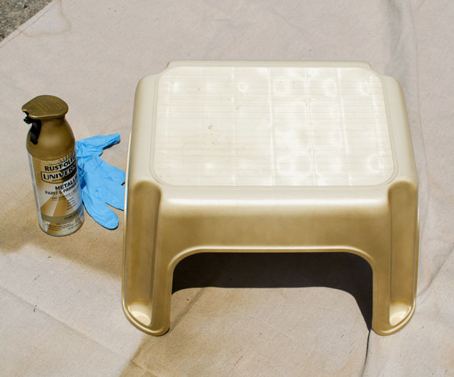 painting a plastic step stool