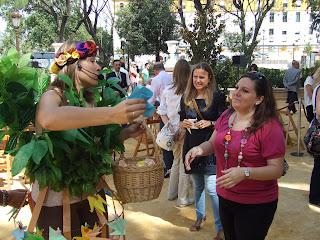 Gracia Iglesias, Jardines del Cristina, performance, el árbol lateversos