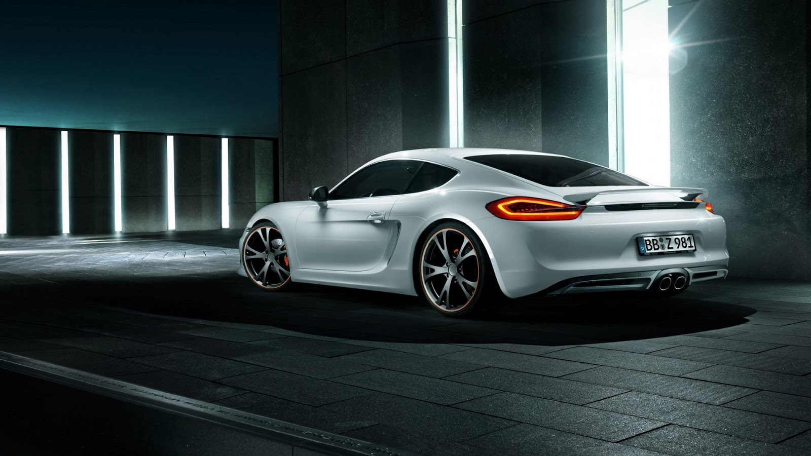 Porsche Panamera 911  № 2369970 загрузить