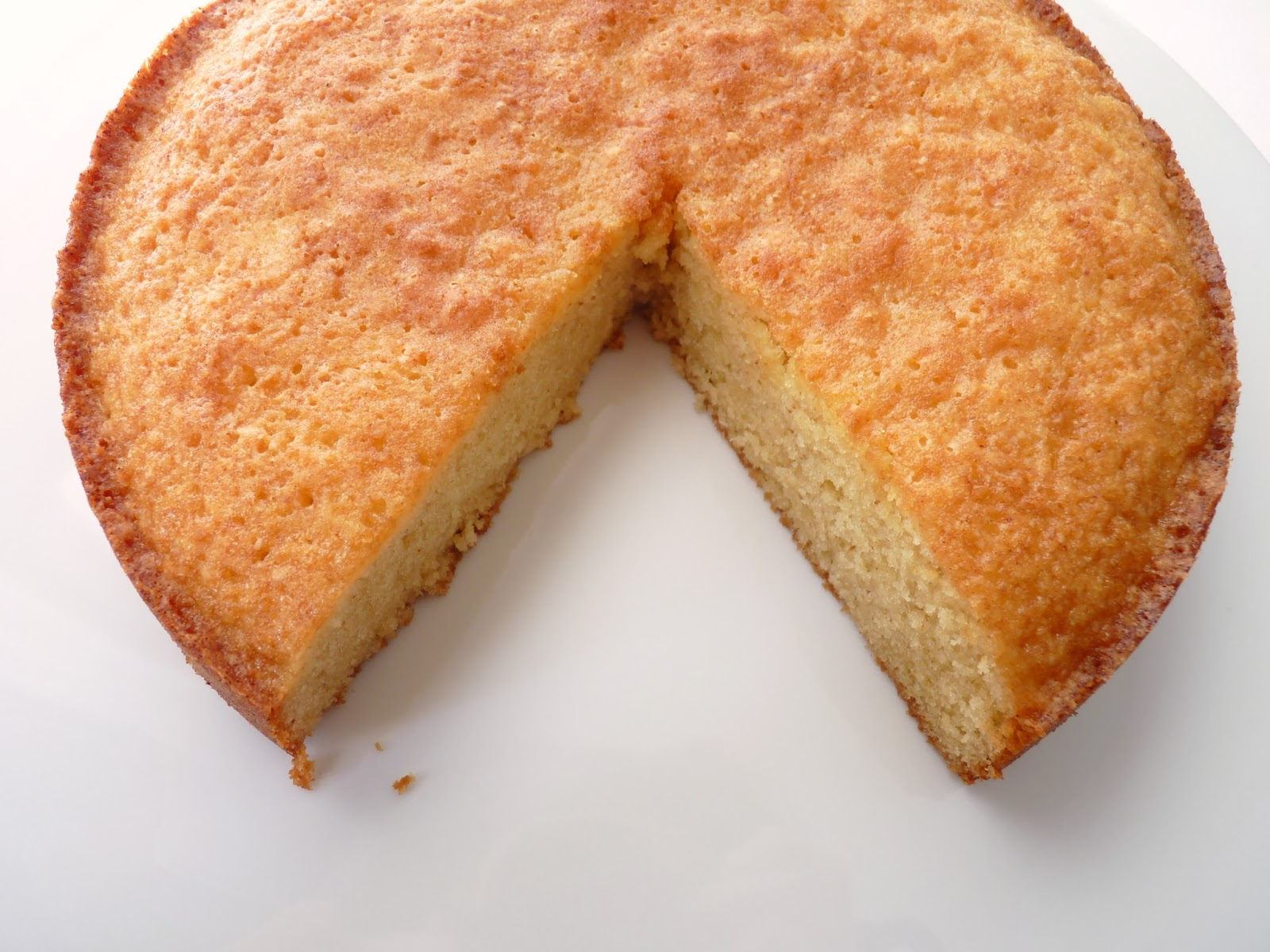:pastry studio: Brown Butter Almond Cake