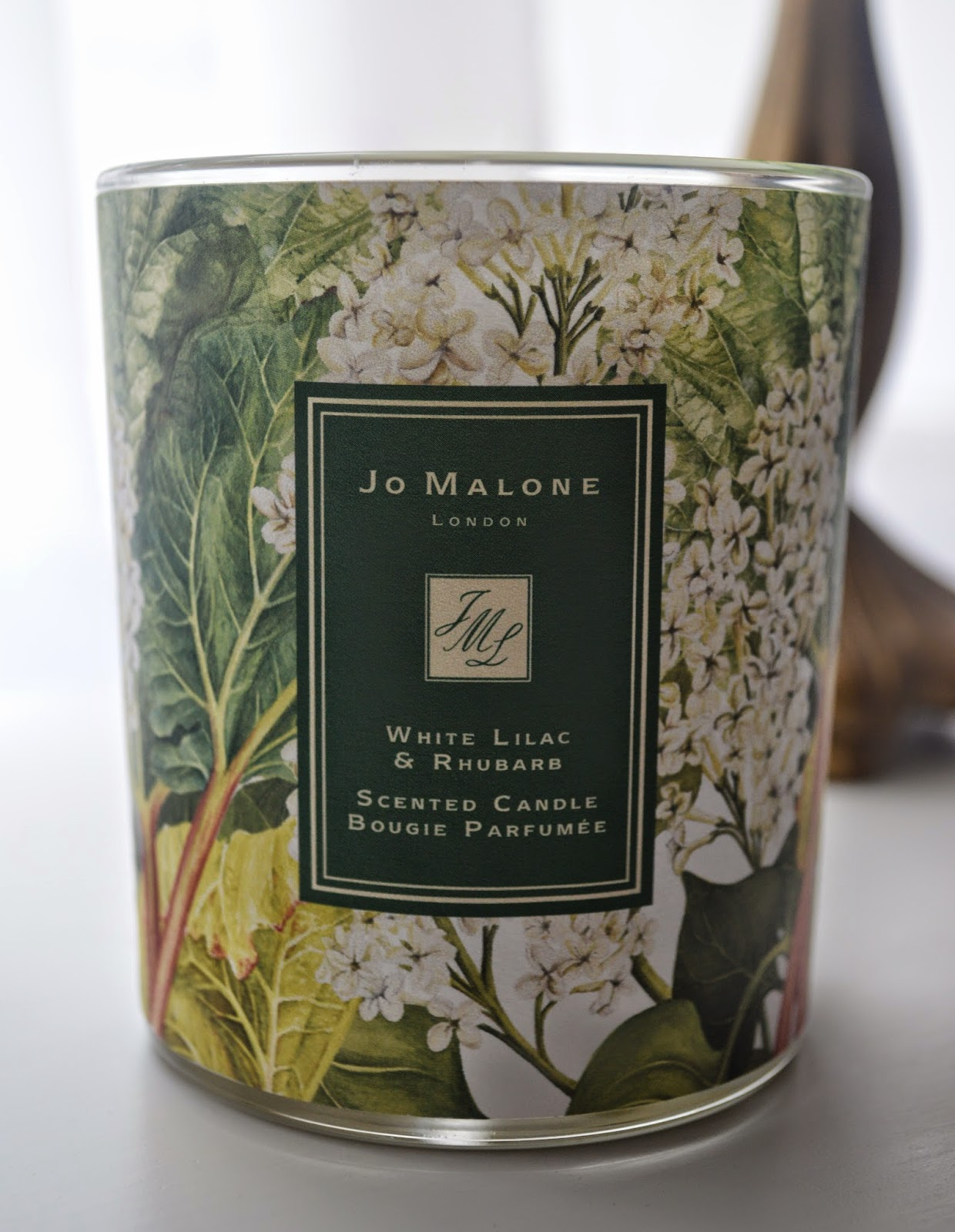 jo malone white lilac rhubarb charity candle caroline. Black Bedroom Furniture Sets. Home Design Ideas