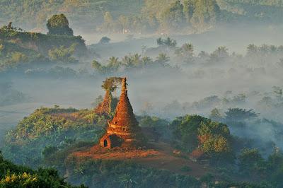 (Philippines) - Myanmar - Mrauk U
