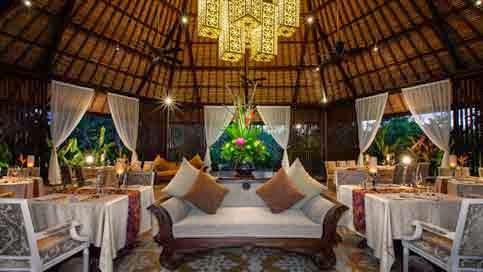 Interior Rumah Adat Bali - 03