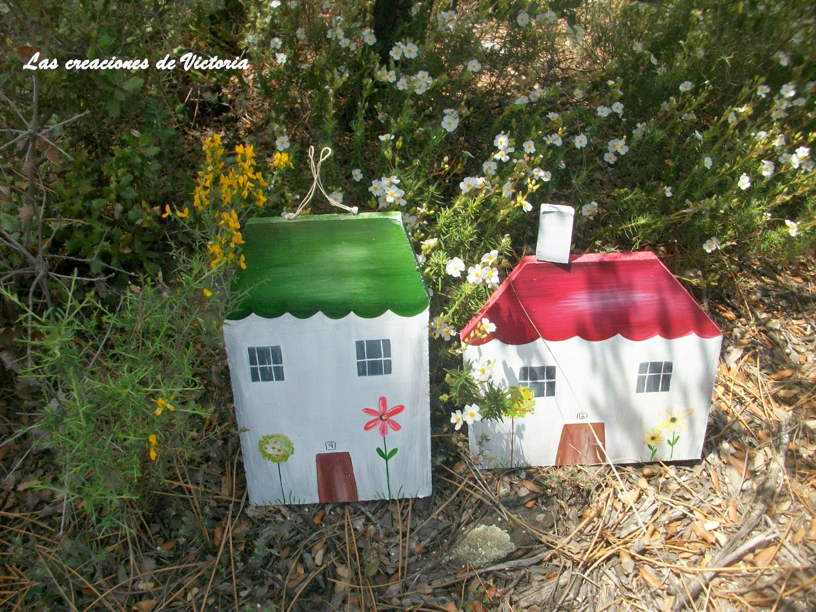 Las creaciones de Victoria.Adornos para el jardín.