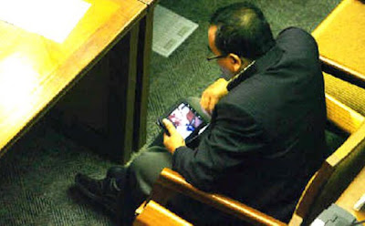 DPR member Arifinto was caught looking at porn during a parliamentary session this week