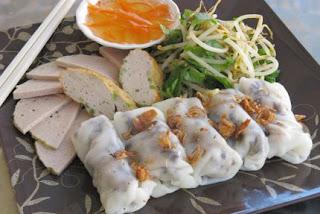 Bánh Cuốn (Vietnamese steamed rice rolls)