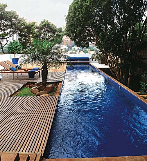 39 39 aprendendo a viver 39 39 decora o de casas piscinas estreitas for Modelos de casas de campo con piscina