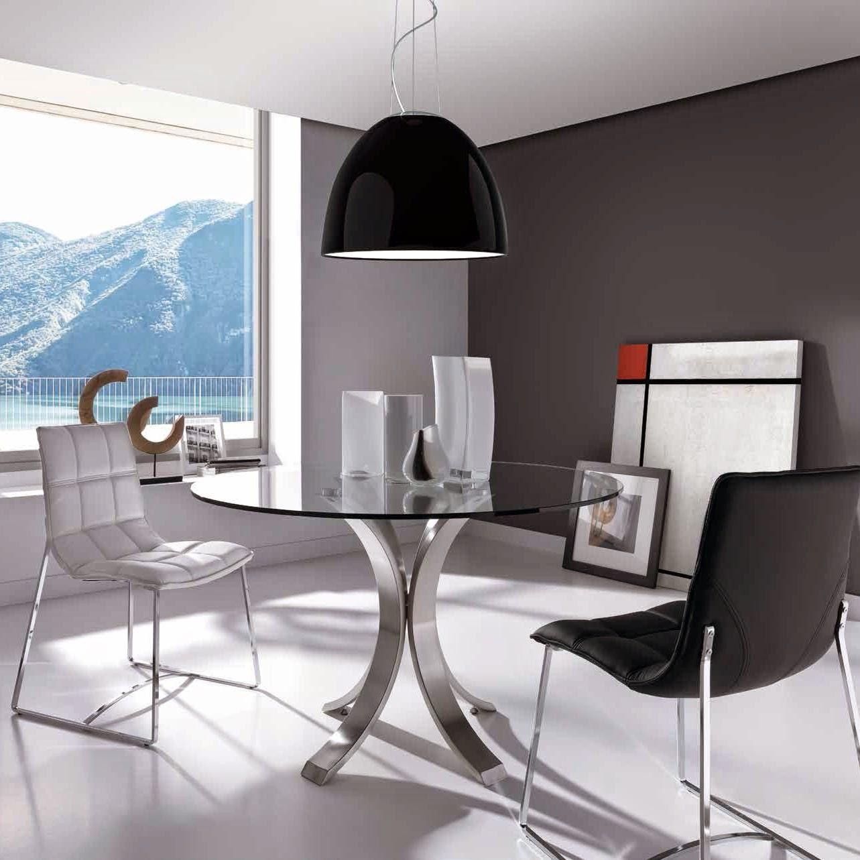 Mesas de comedor 10 mesas de comedor redondas maravillosas for Mesa vidrio redonda para comedor