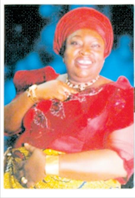 Okobo people celebrate  Felicia Bassey over democratic dividends