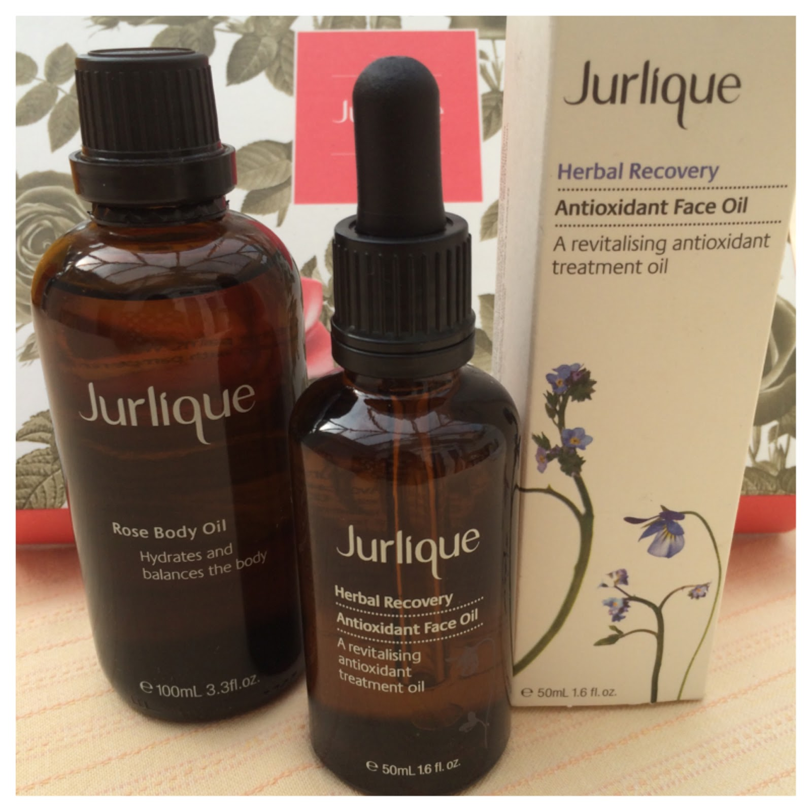 Jurlique herbal recovery face oil