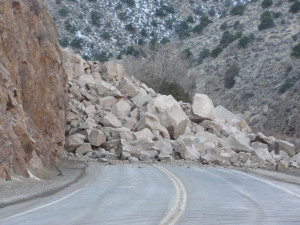 Rockslide closes Hwy. 50 in Kyburz