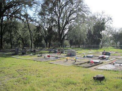 Willow Creek Mennonite Cemetery, © B. Radisavljevic