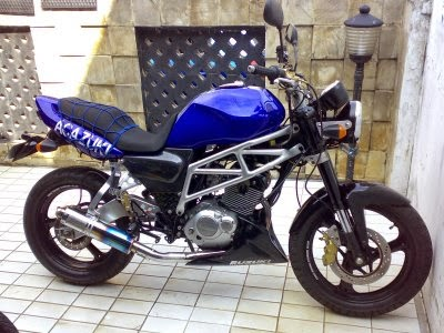 modifikasi motor thunder biru