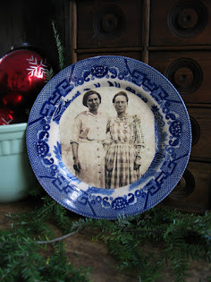 antique blue willow with old photo print