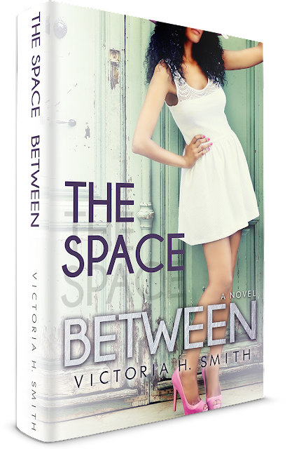 The Space Between (Victoria H. Smith)—Extracto y sorteo