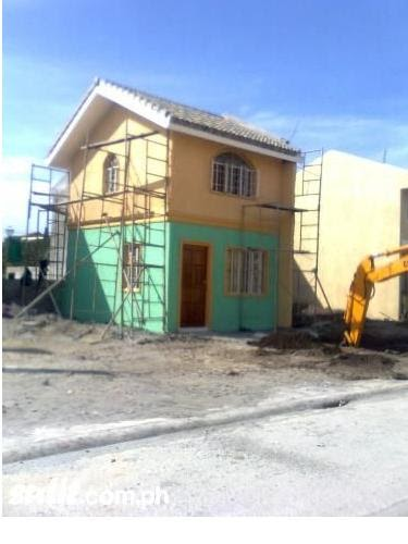 Comfortable and affordable house and lot elisa homes for Duplex builders near me