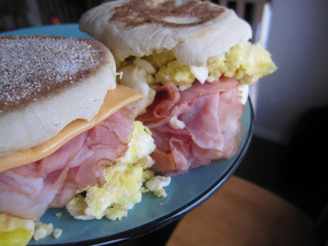 egg ham breakfast sandwich