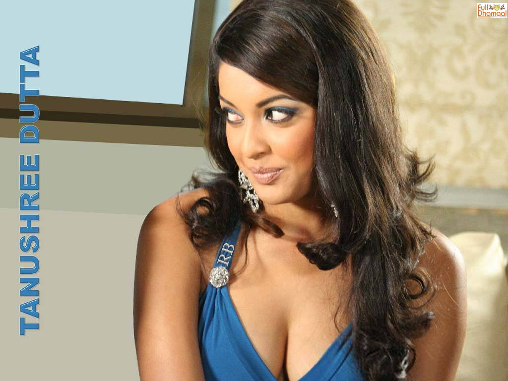 Tanushree Dutta Hot Pics