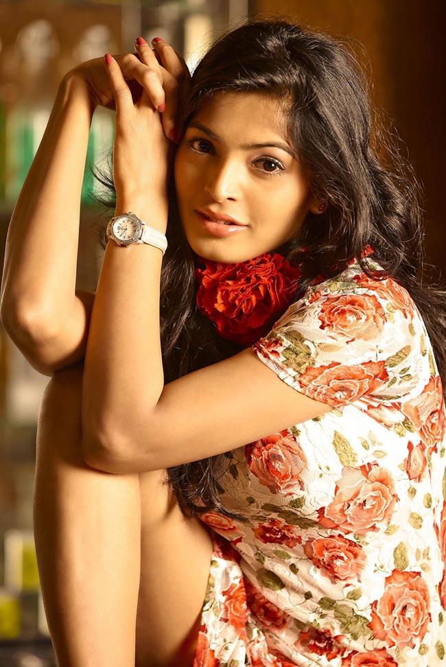 heavenly enticing Sanchita shetty latest hot stills
