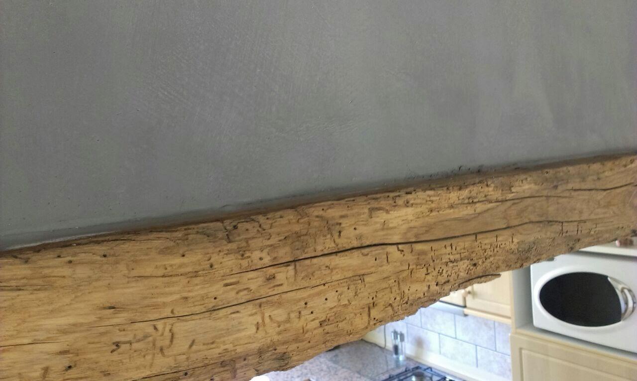 Massief eiken balken tegeltrend deurne whitening houten balken