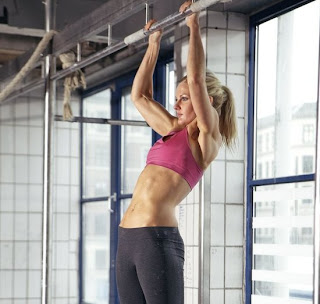 Pull ups for Bikini Beach Body