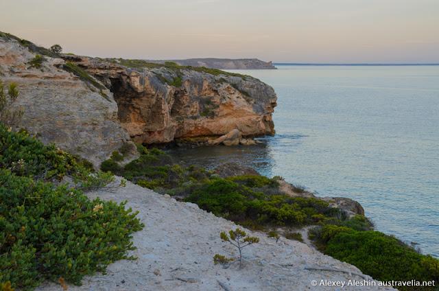 Spectacular cliffs around Stenhouse Bay