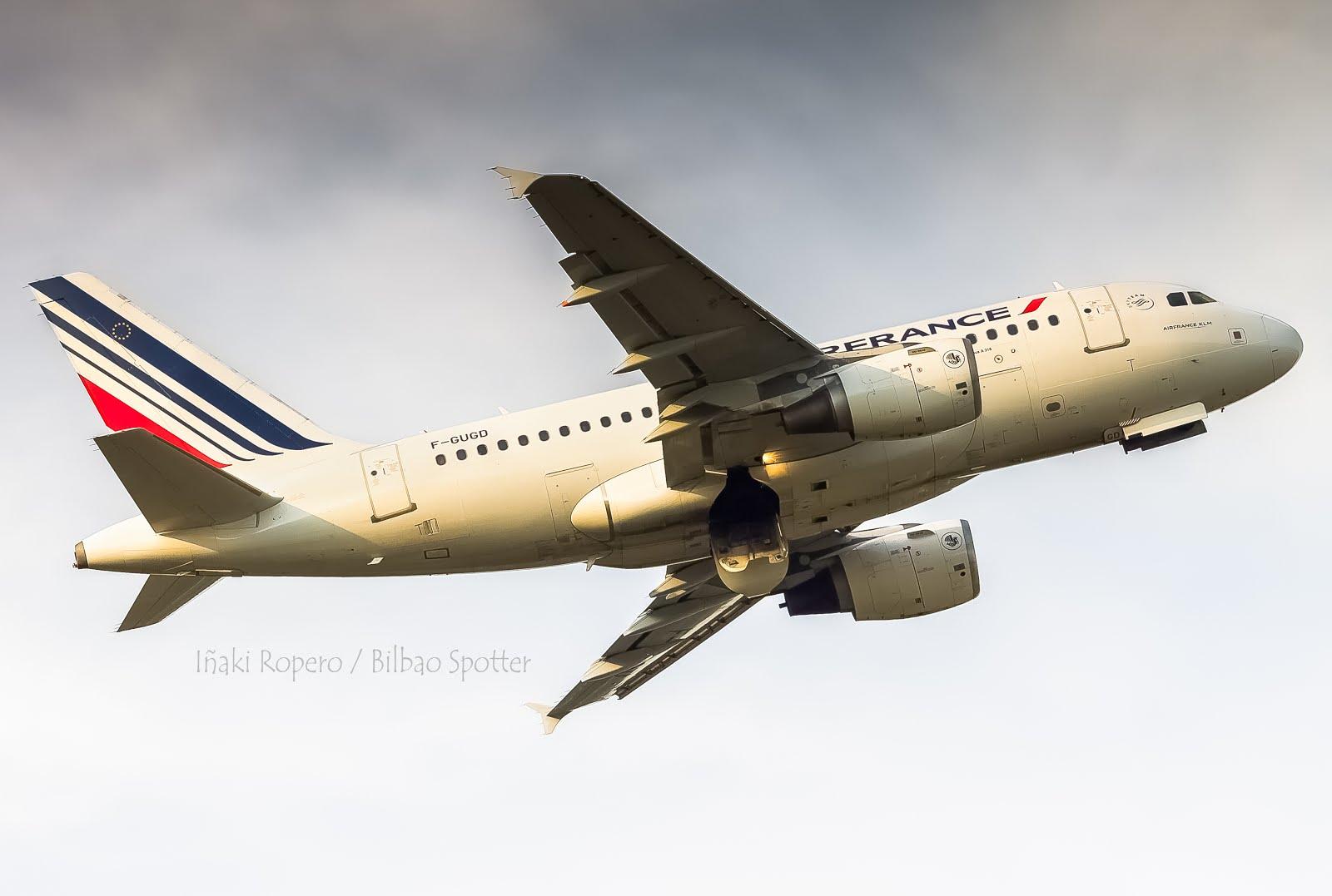 Bilbao se despide de HOP! y da la bienvenida a Air France y su Airbus A318