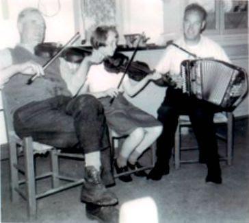 Liz Carroll, Kevin Carroll, Tom Cahill
