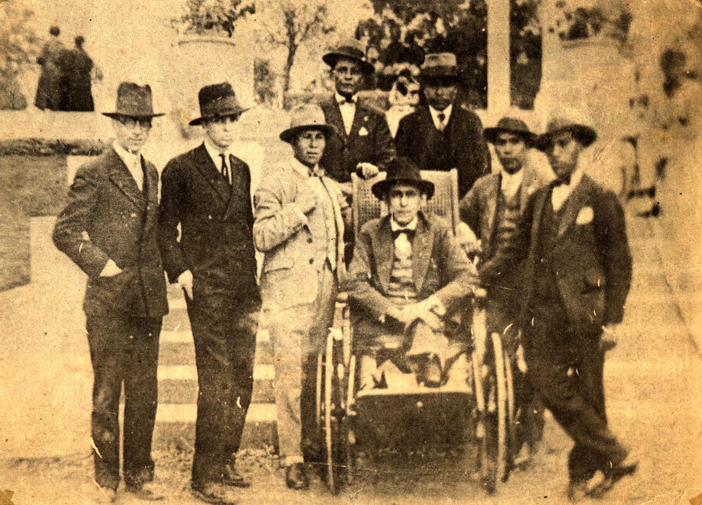 José Carlos Mariátegui y la delegación de trabajadores mineros de Morococha, Bosque de Matamula, octubre de 1929