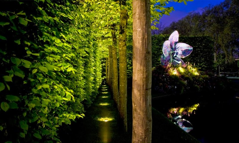 Wall Lights For The Garden : Creative ideas for outdoor garden lighting with decorative LED lights