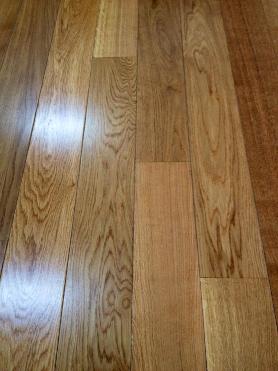 Consejos de tarima y suelos laminados ideales para tu - Colores de suelos laminados ...