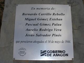 Placa conmemorativa Pasarela de Bicentenario