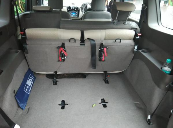 Ample boot space in the Renault Lodgy