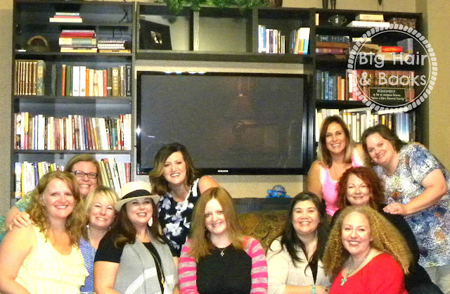 Jen Hatmaker's #the4500 gets together in #DFW !!