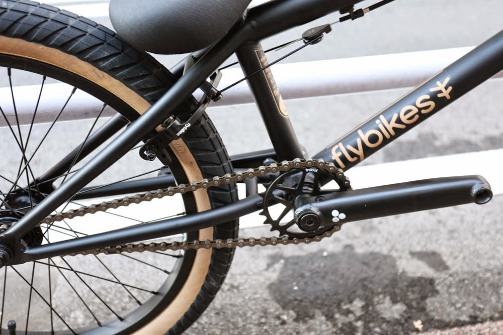 2014 Fly Bikes Fly Bikes Ruben Graphiteペダル