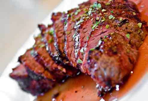 Tips cara membuat saus untuk daging