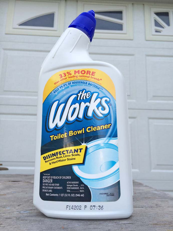 Attirant 4 Ways To Remove Tough Bathroom Rust Stains: Chemical Cleaner: The Works® (