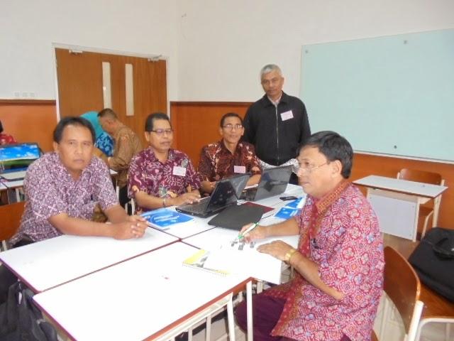 Tulisan Kalbu Pelatihan Kurikulum 2013 Di Batu Malang 2013 Dan Yogyakarta 2014