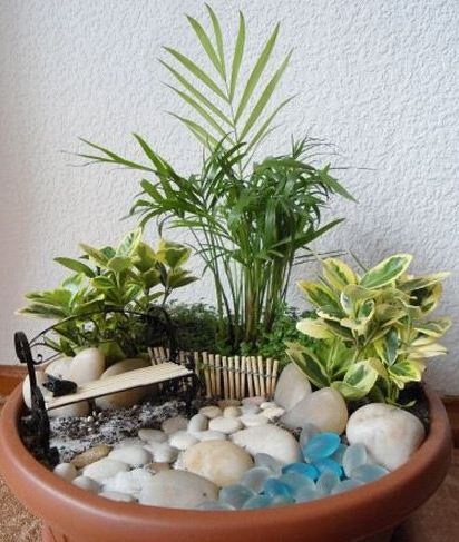 Como hacer un jard n en una maceta cositasconmesh for Como decorar un jardin con macetas