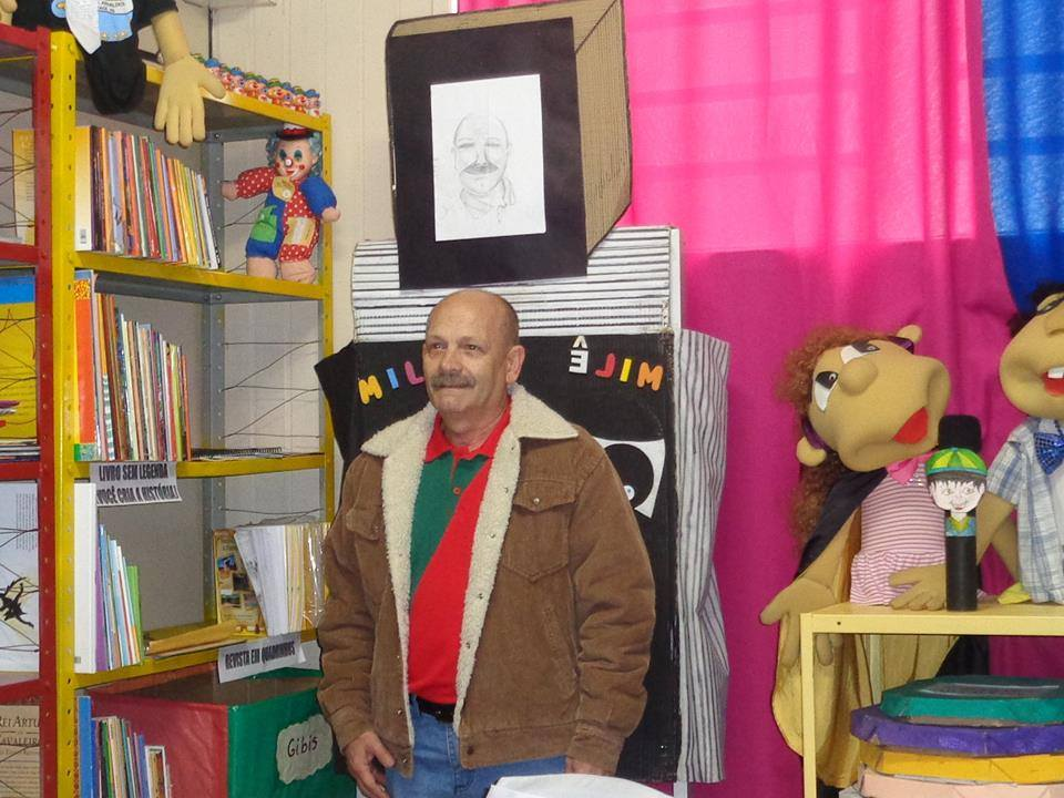 Manoel Ianzer na escola Arnaldo Faria - Bagé