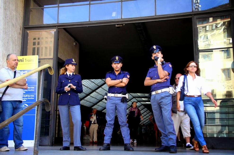 Nazione rom razzismo nelle stazioni di roma e firenze for Nazione di firenze