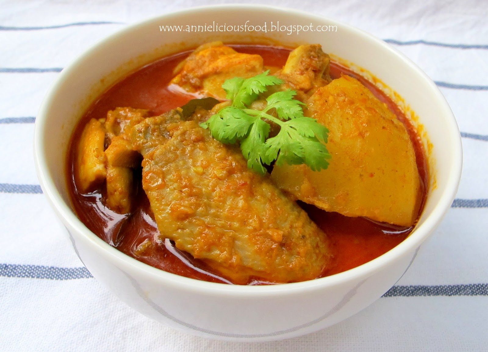 Curry Chicken (咖喱鸡)