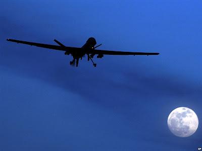 http://2.bp.blogspot.com/-3OefBwfGQnM/ToOW6VfDjLI/AAAAAAAANWA/qC7tMBGNeXE/s1600/drone%2Bmoon.jpg