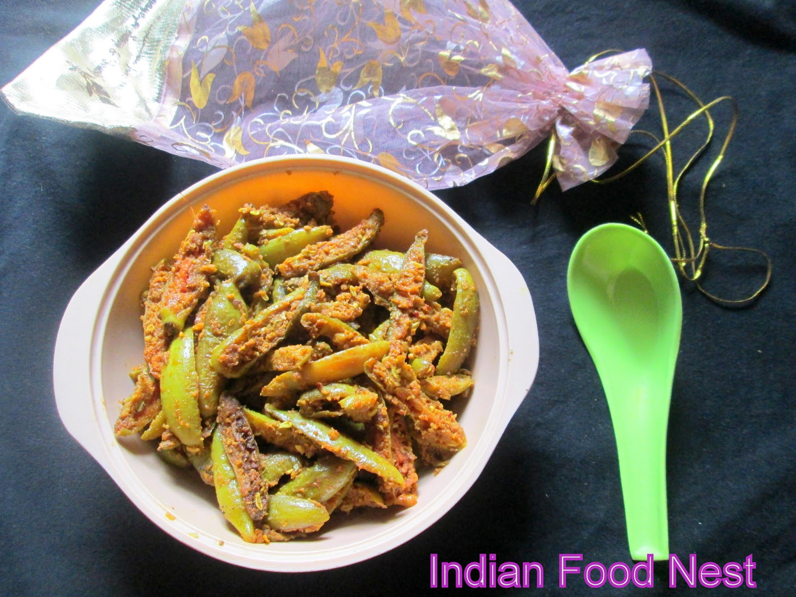 Stir Fried Ivy Gourd With Onion Recipe — Dishmaps