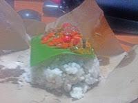 Menikmati Sensasi Pedasnya Nasi Mrecon
