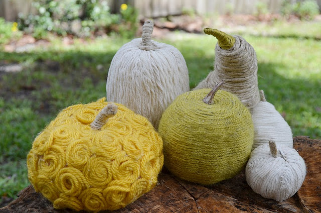 halloween crafts:  yarn wrapped gourds & pumpkins