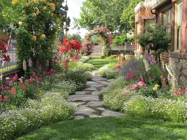 Chateau De Fleurs Cindy Browns Amazing Storybook Cottage