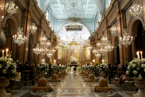 Matrimonio In Chiesa : Guida al matrimonio l addobbo floreale in chiesa