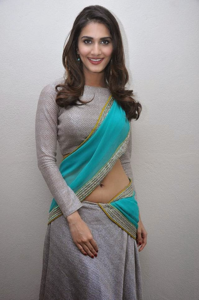 Vaani Kapoor Saree Photoshoot